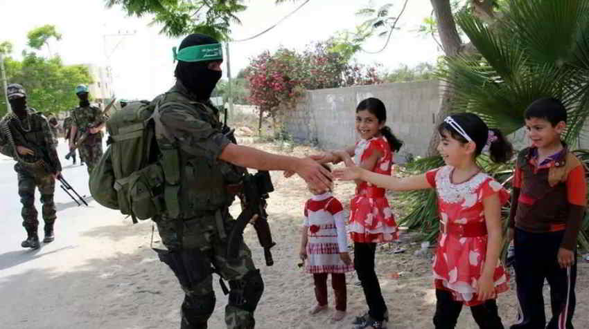 Sad Little Girl Wallpaper Hamas Does Not Equal Isil No Matter What Israel Says