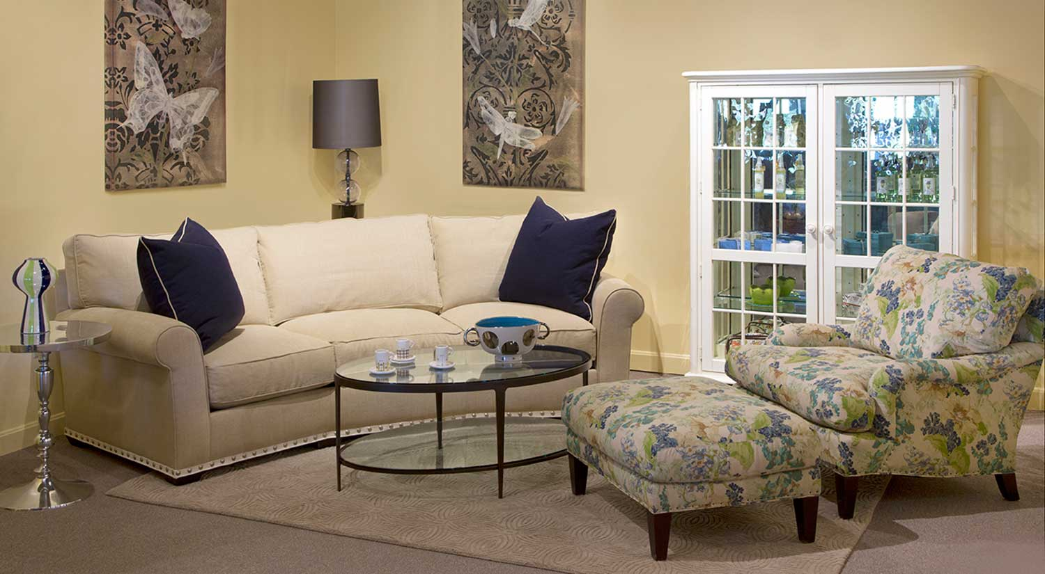Stessless Circle Furniture - Taylor Wedge Sofa | Wedge Couches Ma