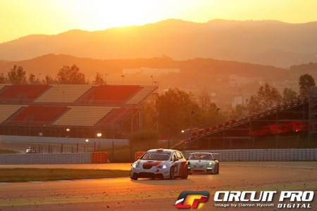 Sunrise over the circuit before the gremlins got to work on the Memac Ogilvy Seat