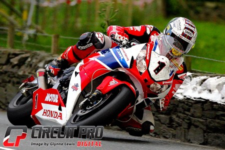 McGuinness back to his winning ways taking the Blue Ribbon event win in the Senior race