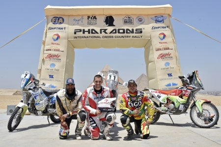 Al Balooshi - ''my second fuel-tank was not working. I tried to solve the problem and could ride 4 more km, but 5 km before the point the bike stopped again. I decided to push, and don't give up... So I pushed this very heavy bike... I pushed like there is no tomorrow..
