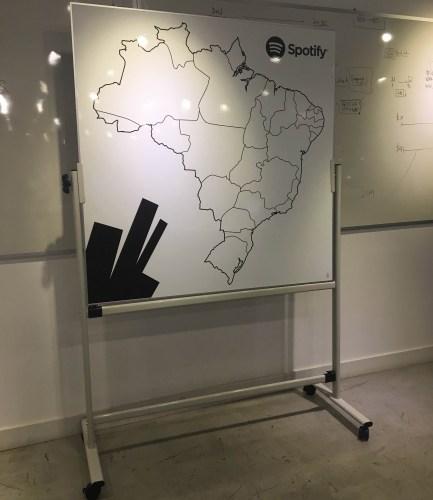 mapa-magnetico-com-suporte2