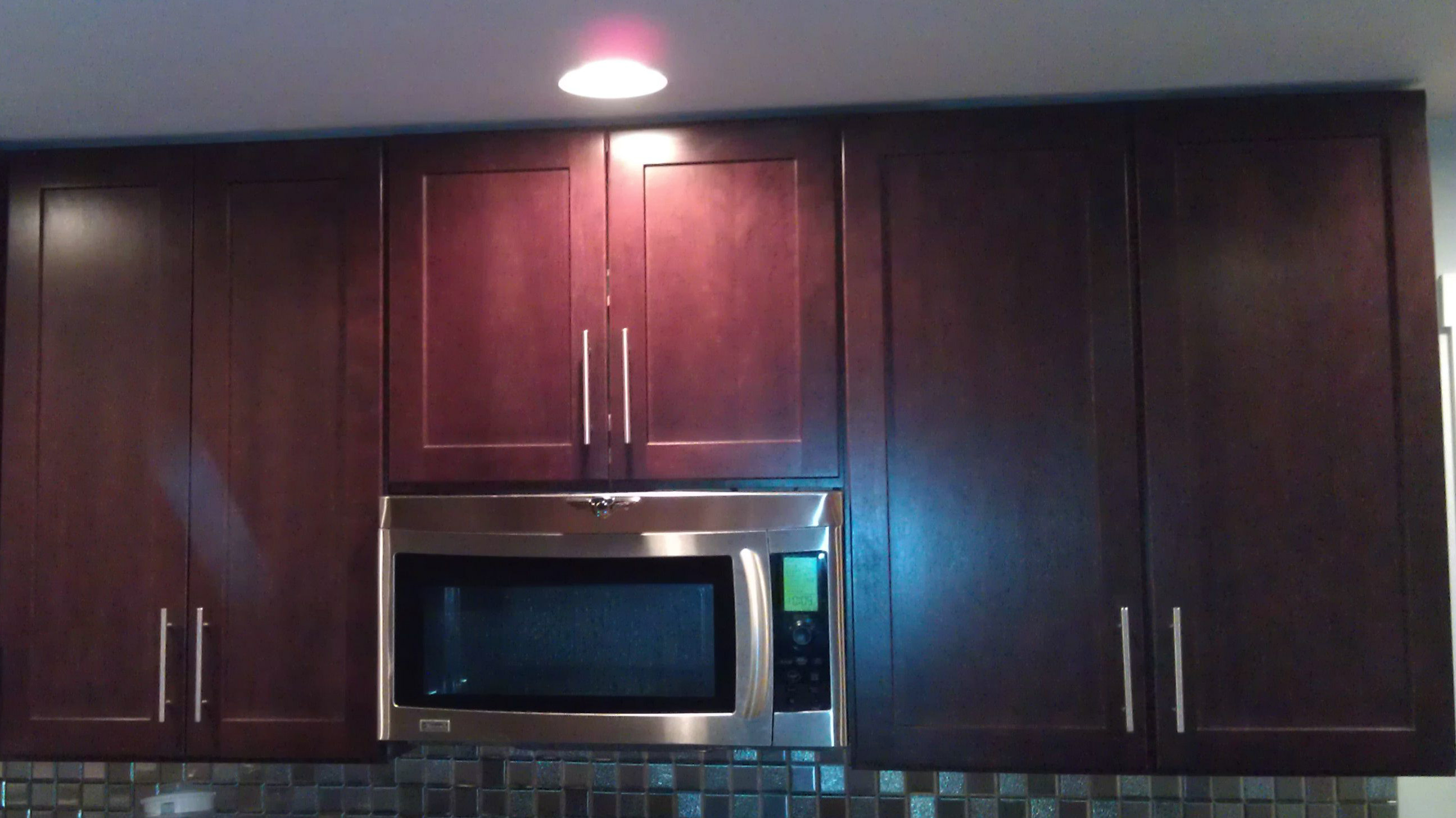 Crown Moulding Above Kitchen Cabinets Kitchen Cabinets Crown Molding Or Flush With Ceiling