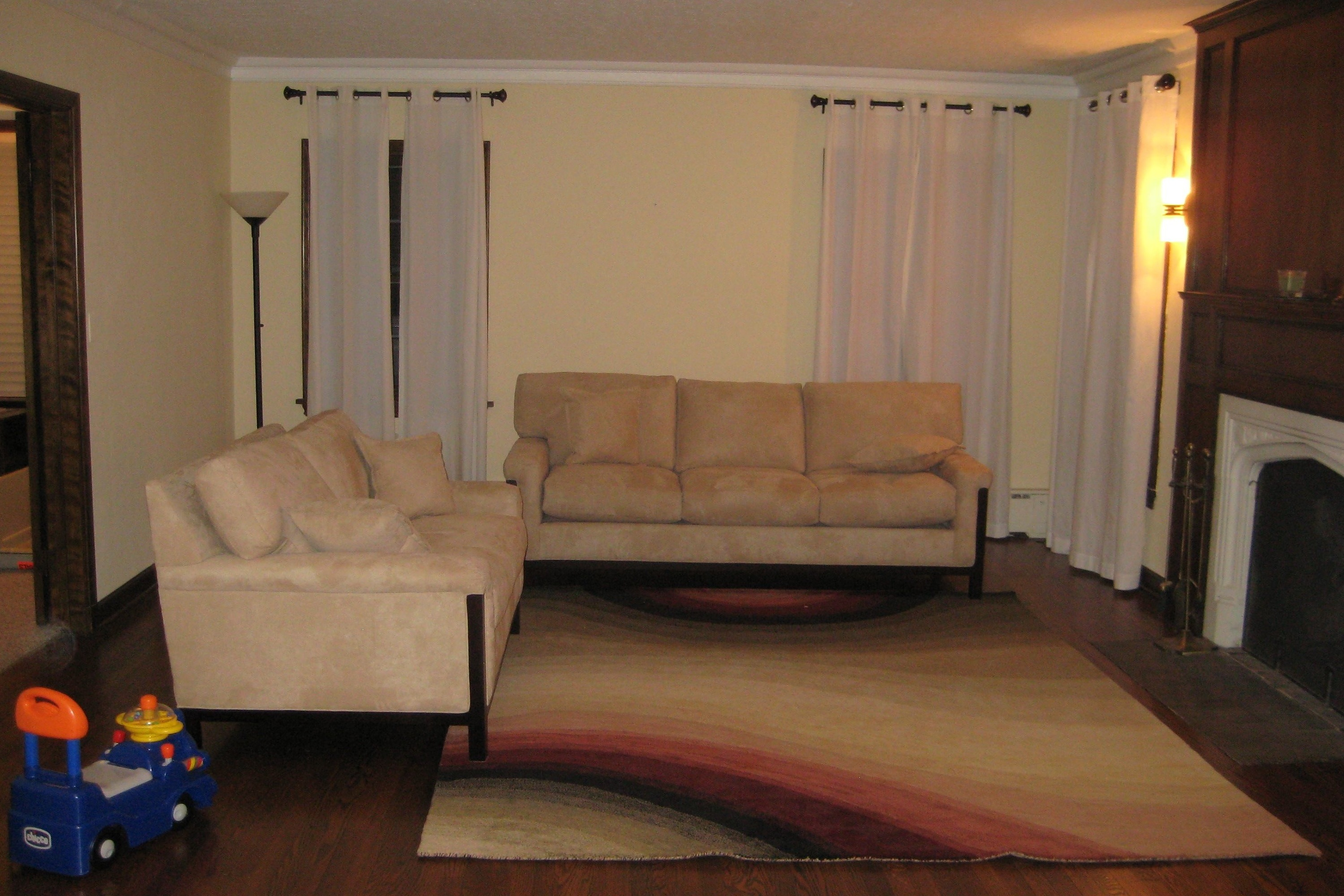 Home Decor Help Living Rooms With Hardwood Floors Interior Decorating