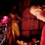 teach faith child in prayer