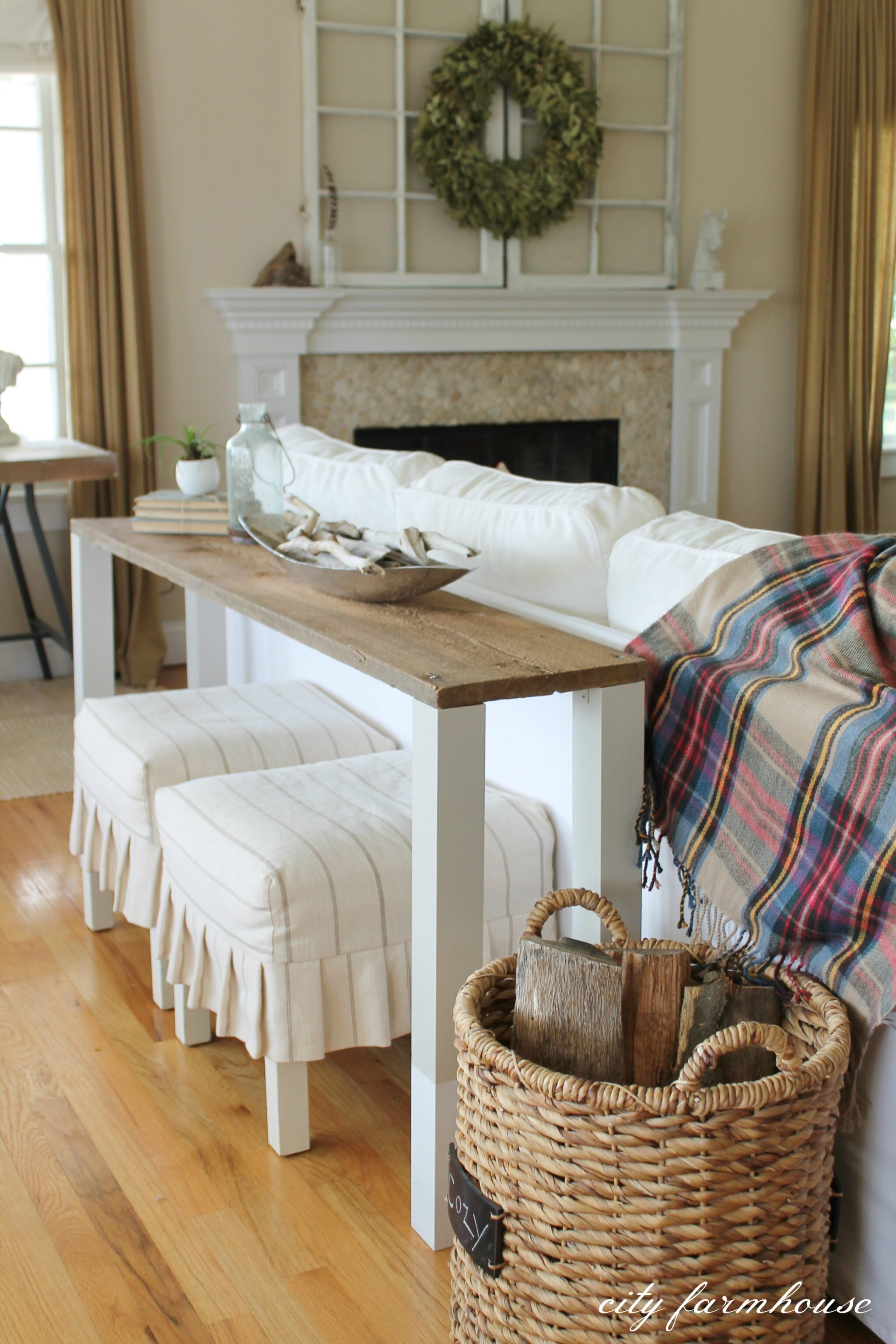 Sofa Table Set Up The Easiest Diy Reclaimed Wood Sofa Table City Farmhouse