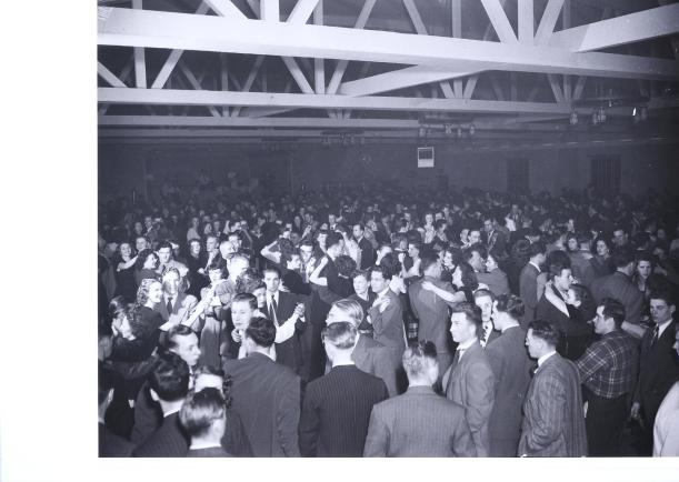 Dancing at Rainbow Ballroom, early 1950s. Courtesy of the Horst Urbaniak Collection.