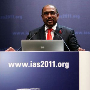 00. Italia: VI Conferencia sobre el VIH/sida analiza la crisis económica en torno al VIH