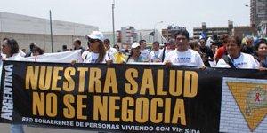 Tratamiento antirretroviral en América Latina: tarea a medias