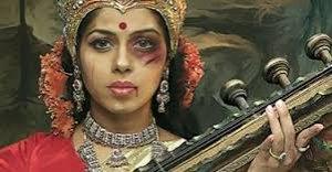 03. India: Rostros de las diosas maltratadas en campaña contra la violencia doméstica, causa polémica