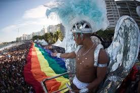 00. Brasil: Una multitud toma Copacabana para celebrar la marcha del Orgullo Gay en Río de Janeiro