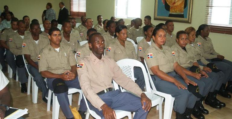 Alcaldía gradúa 58 nuevos miembros de la Policía Municipal