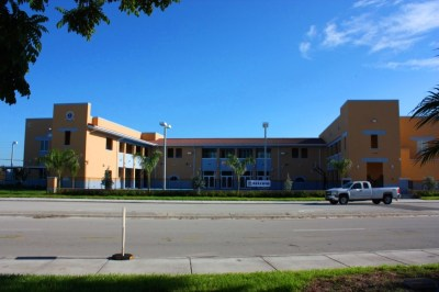 CIVICA ARCHITECTURE | URBAN DESIGN FIRM | MIAMI, FL » Somerset Silver Palms Phase III