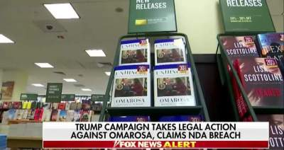 #WhiteHouse facing questions over ugly Trump-Omarosa feud - Videos - Metatube