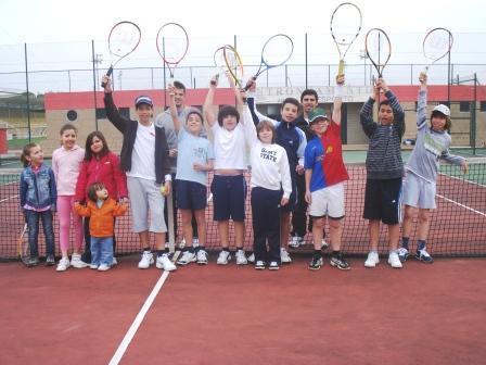 Torneio de ténis sub-12 para captação e preparação