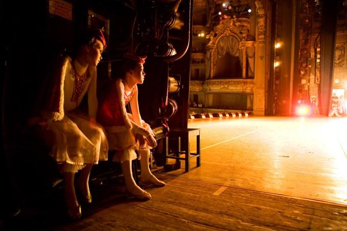 Rachel Papo, Backstage, Ballet, St Peterburg, Russia