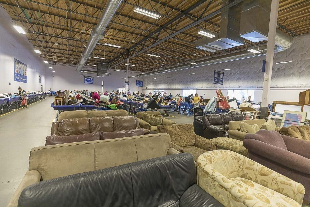 Vancouver Goodwill Outlet Store Helps Dozens Earn A Living Clarkcountytoday Com