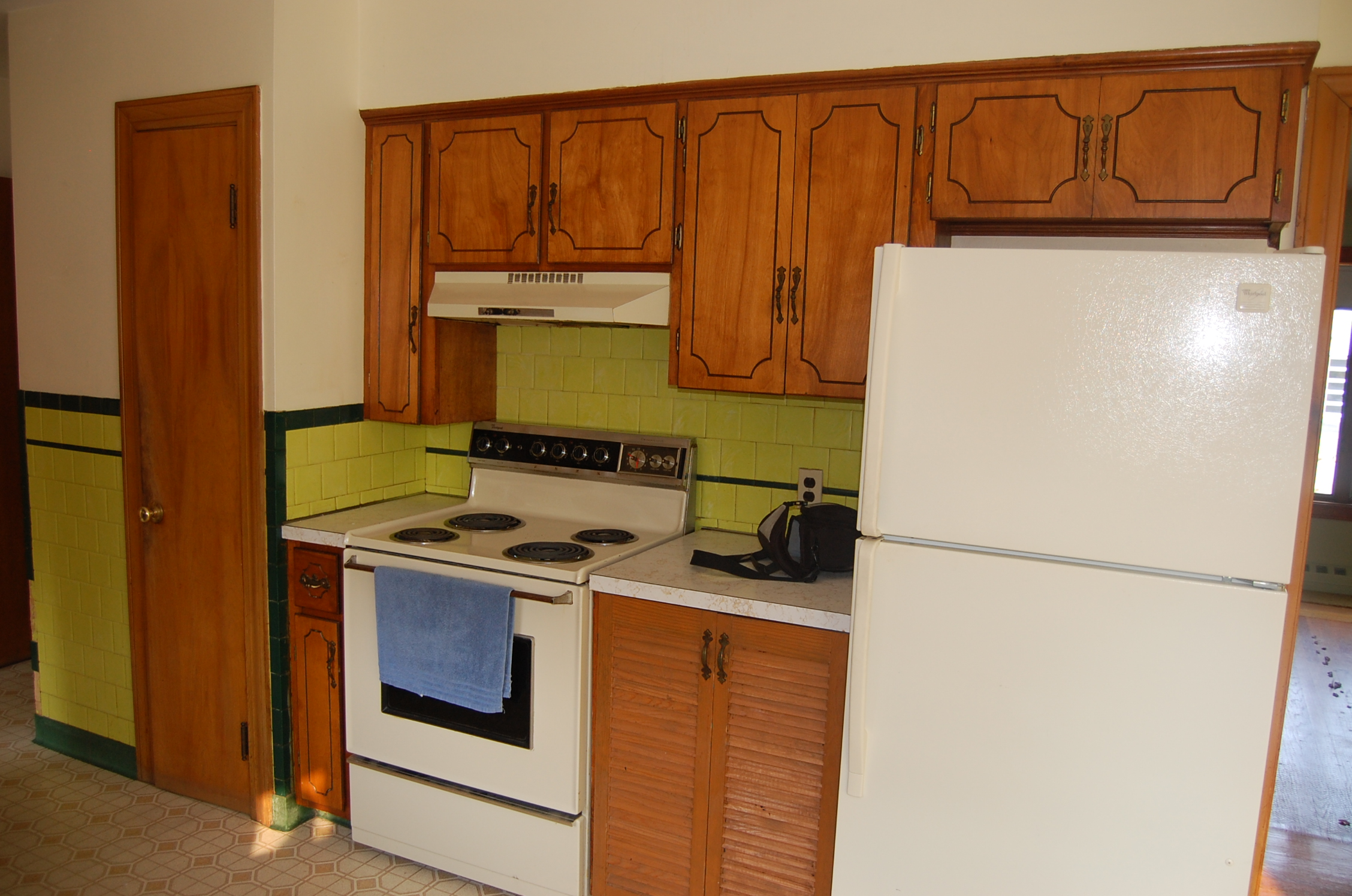 Kitchen Cabinet Refacing Ma More Before And After Cabinet Refacing Photos 3 Classic