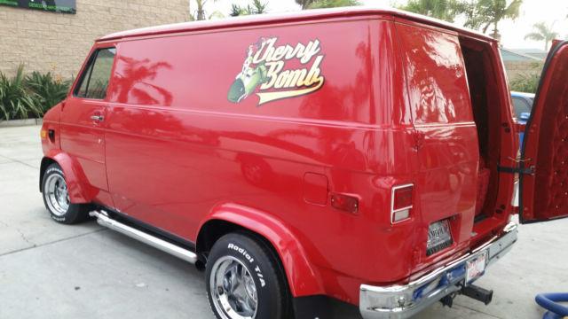 1972 Chevy Custom Shorty Van G20 Street Van Hot Rod Cherry