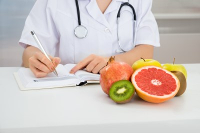 How to Enroll in a Nutritionist Degree Program - USA TODAY Classifieds