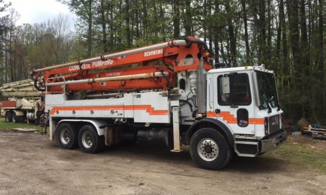 Concrete-Pump-Truck-2003-Schwing-2
