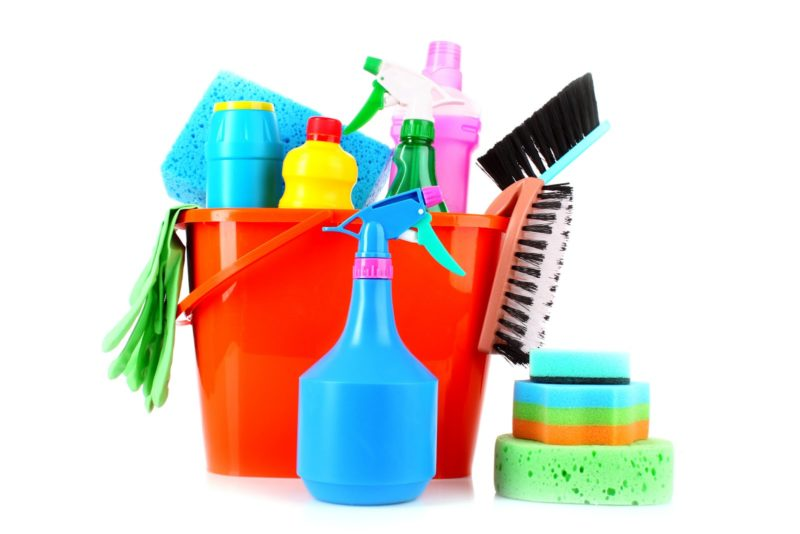 CLEAN LIVING ROOM TOP 10 MUST HAVE EQUIPMENT AND TOOLS - Clean
