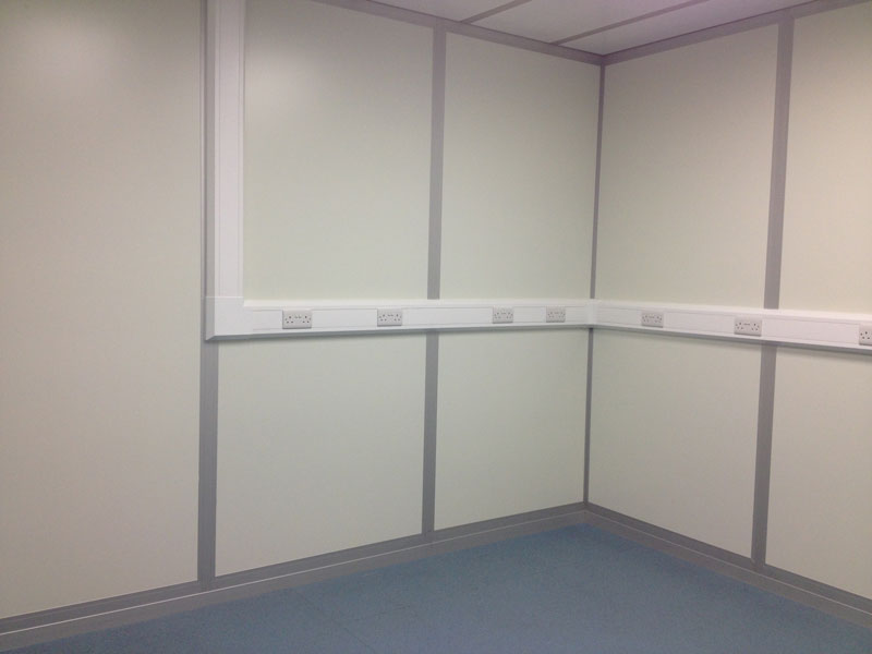 Cleanroom Electrical Sockets Trunking And Vinyl Flooring