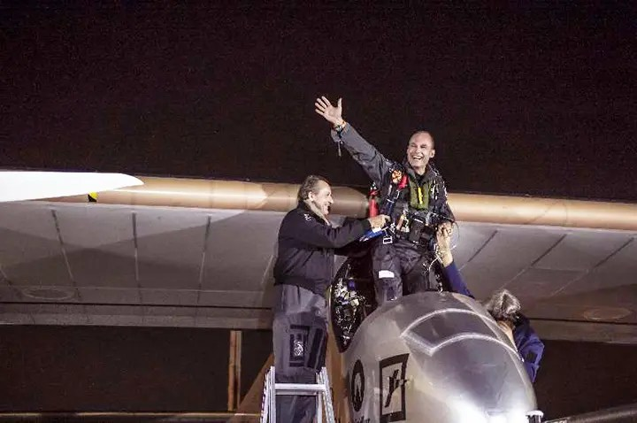 solar impulse 2013 WashingtonDC landing flat