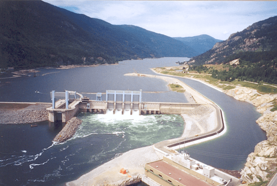 Hugh Keenleyside Dam and the Arrow Lakes power plant (wikipedia).