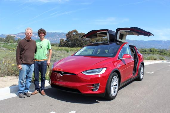 Tesla Model X Don & Max