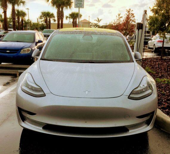 Tesla Model 3 Sales vs Small  Midsize Luxury Car Sales (USA), Tesla