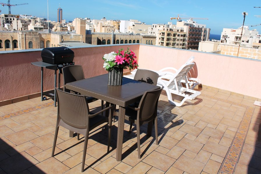 Penthouse Apartment To Rent In Sliema Malta Near Beach
