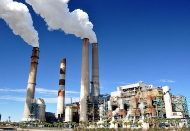 Trump Signs Executive Order Dismantling Obama Environmental Regulations