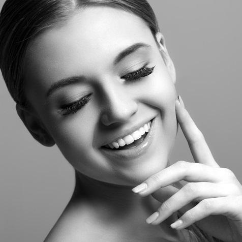 Promoción Carillas Dentales, para perfeccionar tu sonrisa.