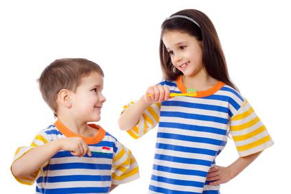 Cuidado Dental niños Clinica Mariana Sacoto Navia