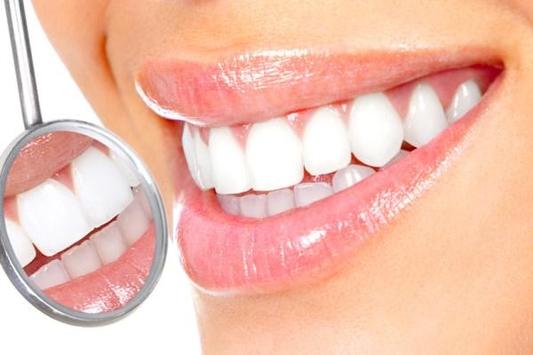 Clínica Mariana Sacoto Navia Estética Dental Ortodoncia Invisible Barcelona