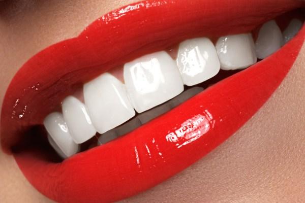 clinica de Ortodoncia Doctora Mariana Sacoto Expertos en Ortodoncia Invisible Invisalign Barcelona Expertos en Insignia Barcelona Ortodoncia Personalizada