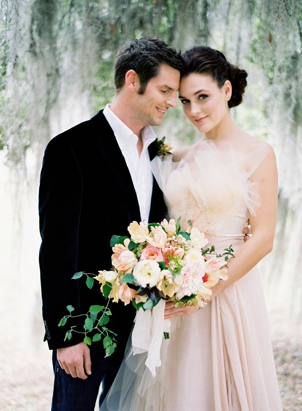 Fall In Love Couples Wallpapers Elegant Bride And Groom Elizabeth Anne Designs The