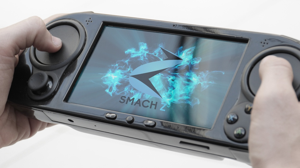 Smach Z Portable Console Finds Kickstarter Success With Switch Vibe