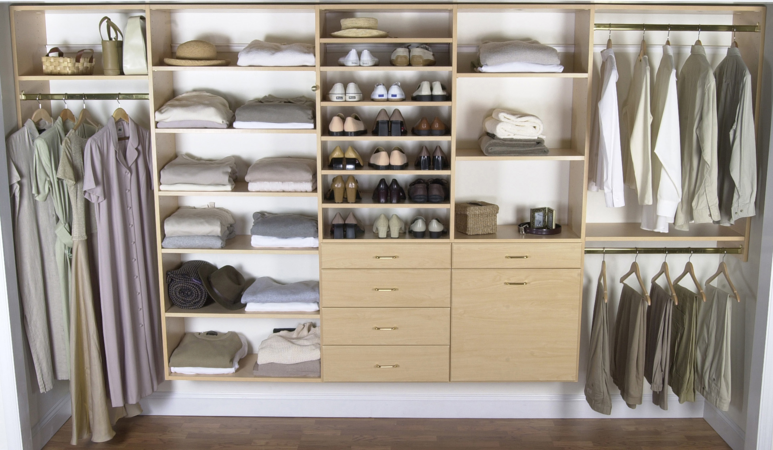 Closet Organization How To Achieve A Closet Organization That Is Near Perfect