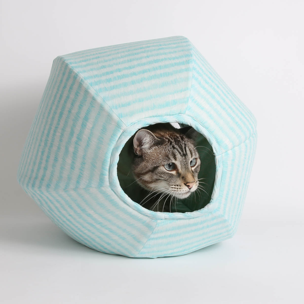 Designer Cat Beds Fancy That Designer Cat Beds Featuring Clothworks Fabric