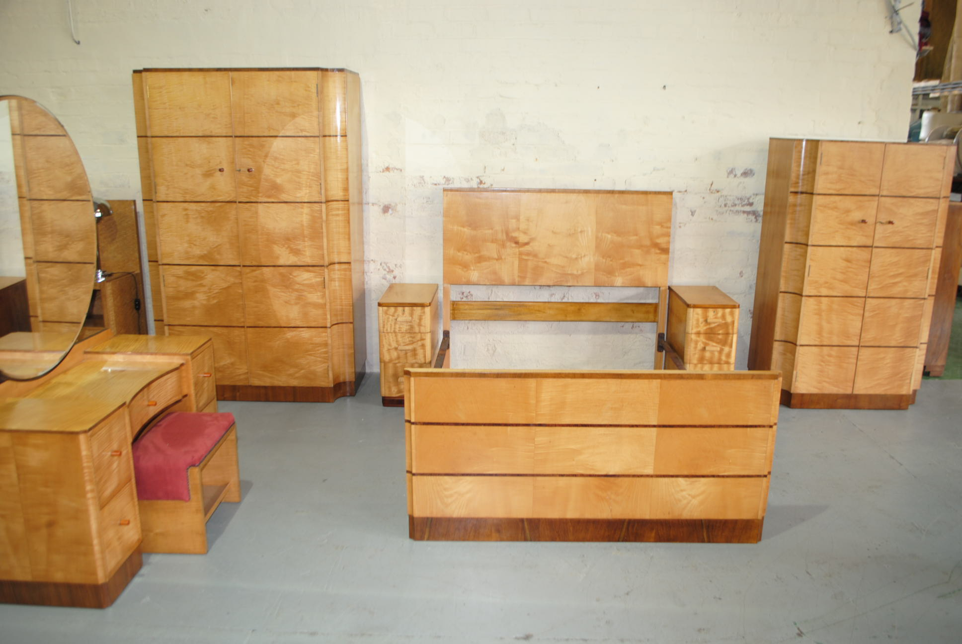 Art Deco Style Bedroom Art Deco Bedroom Suite Cloud 9 Art Deco Furniture Sales