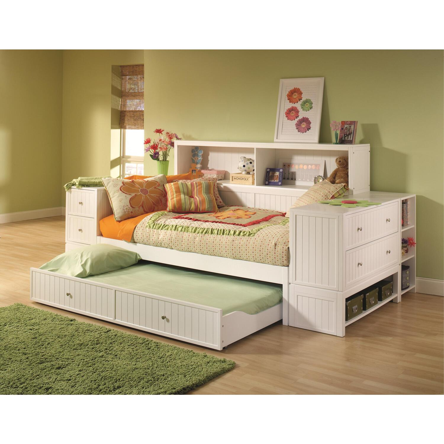 Hillsdale Furniture Cody Youth Bedroom Bookcase Daybed