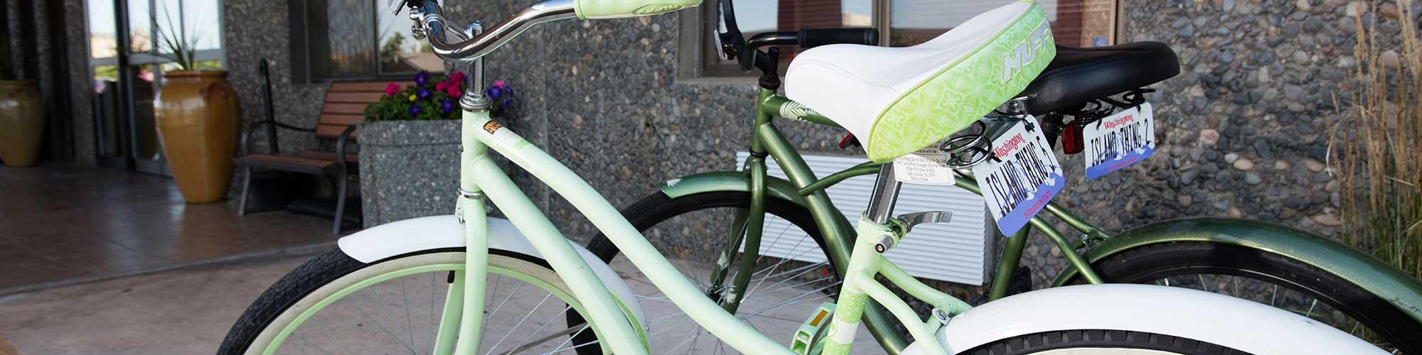 Clover Island Inn free bike rental