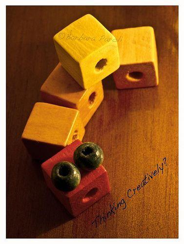 ©thinking creatively