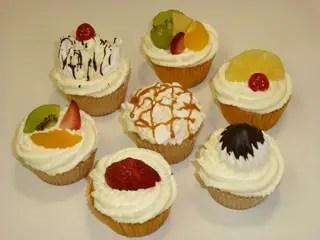 cupcakes decorados con frutas