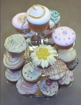 """Muestra de cupcakes del curso """"Cómo Hacer Cupcakes"""" por Rosa Quintero"""