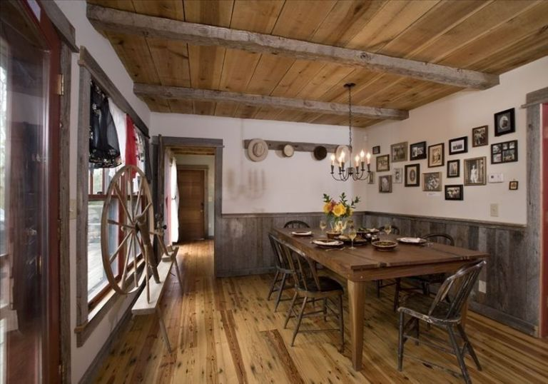 Homeaway Log Cabin - Rustic Decorating Ideas - log home decorating ideas
