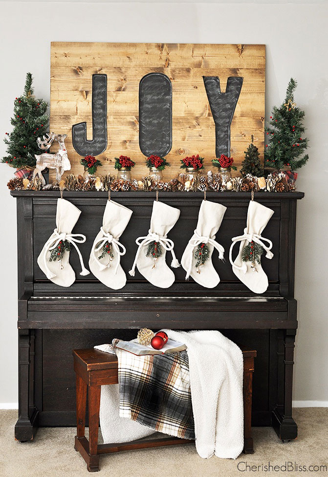 38 Christmas Mantel Decorations - Ideas for Holiday Fireplace - christmas decorations for mantels