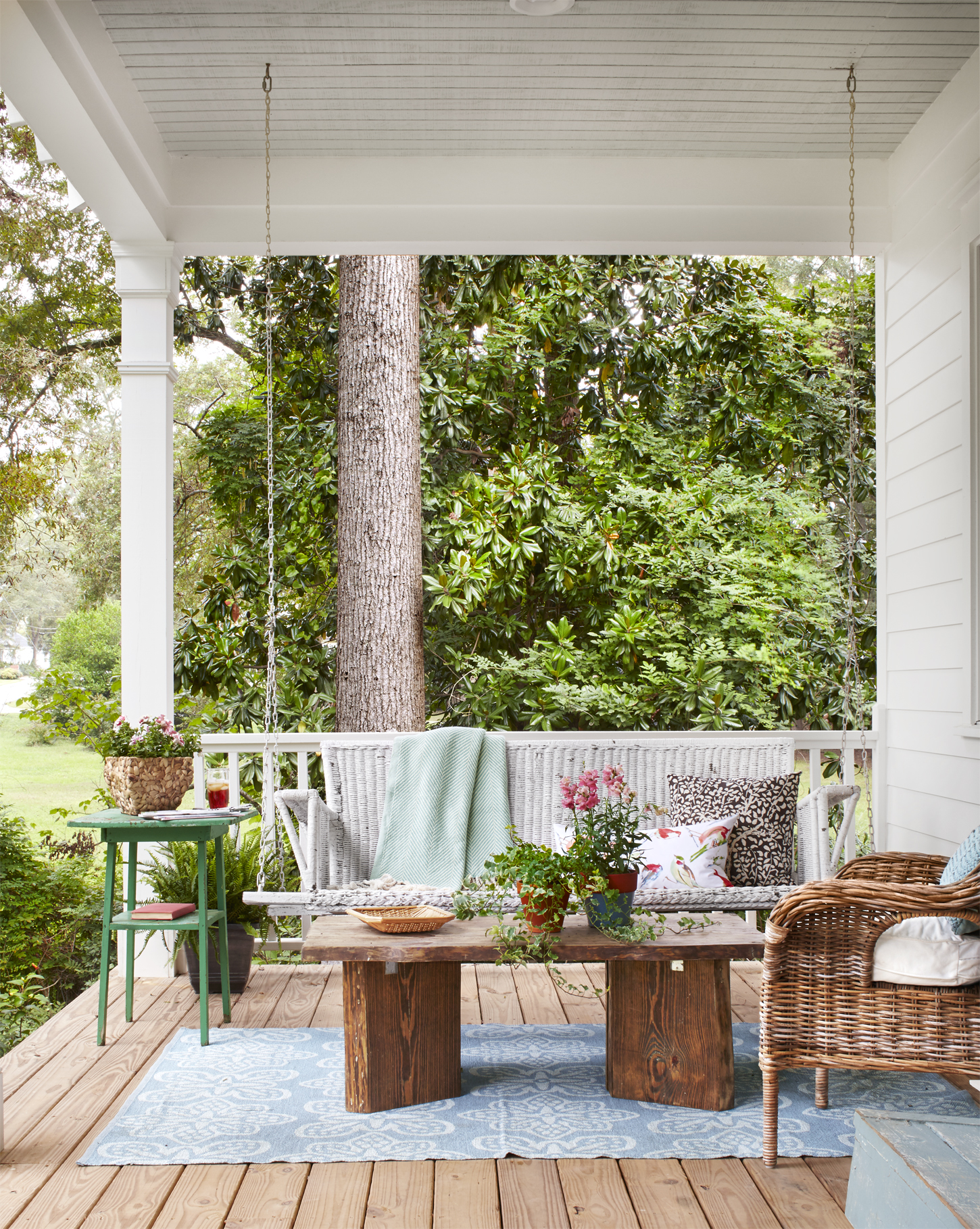 Farmhouse Front Porch Swing 50 43 Patio Designs For 2016 Ideas For Porch And Patio